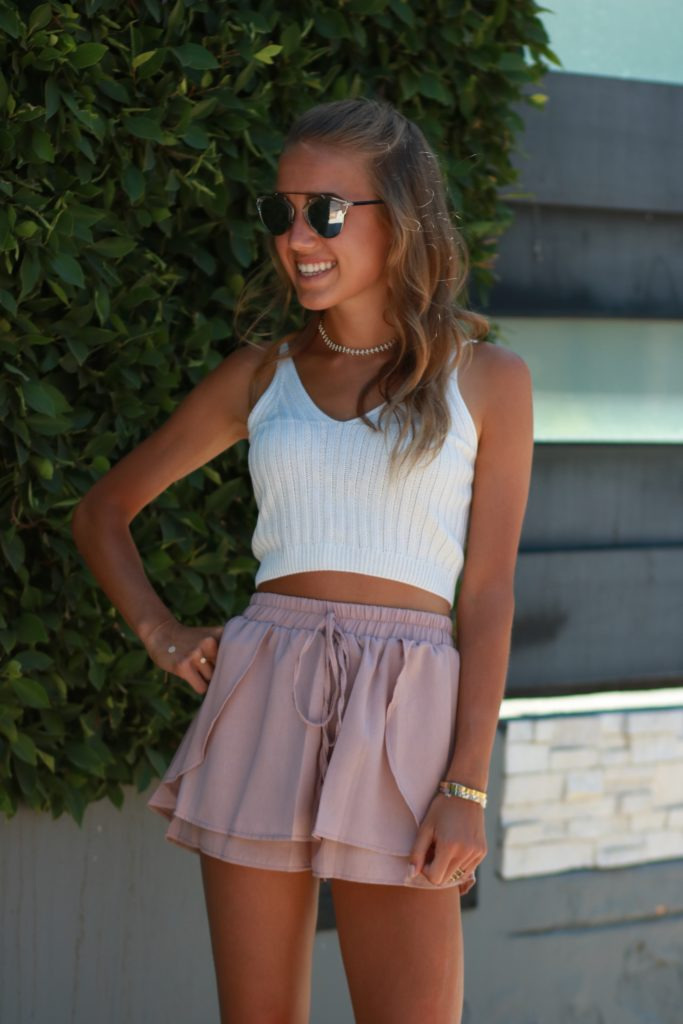ROMWE High-Waisted Skort + White Ribbed Crop Top