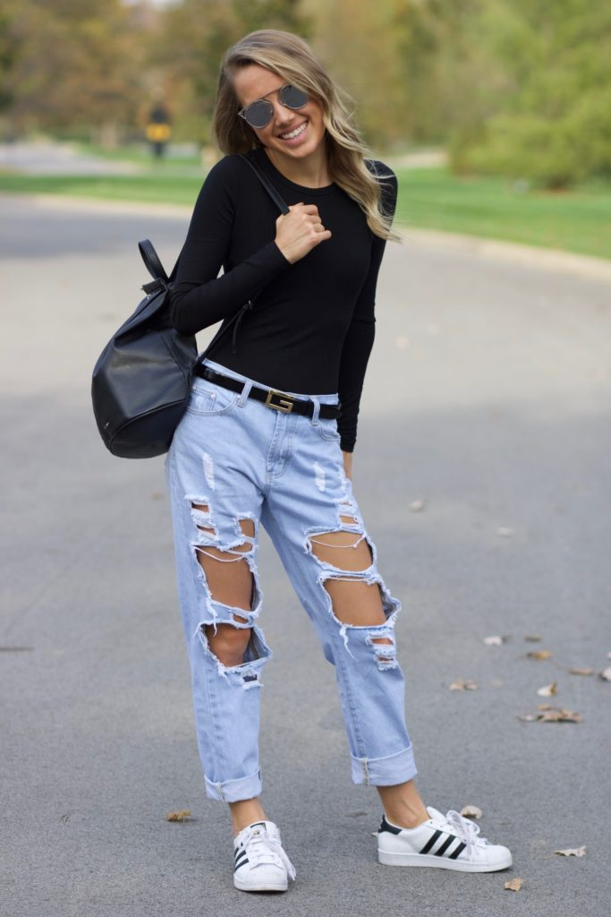 How to Style Your Boyfriend Jeans with Chic Backpack